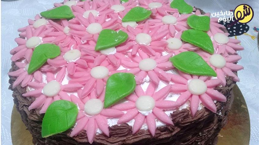 عجينة-السكر-بالمارشميللو-لتزيين-الكيك-شو-طابخين-اليوم